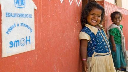 Anna lapselle maailmalla turvallinen koti.
