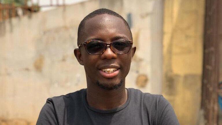 23-vuotias nigerialainen nuorimies, joka haluaa edistää nuorten mielenterveyttä