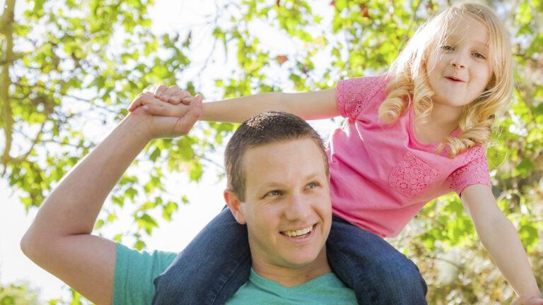 Perhekuntoutuksella vaikuttavaa tukea koko perheelle