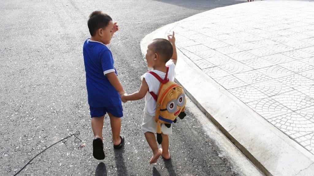 Lapsia vietnamilaisesta SOS-lapsikylästä